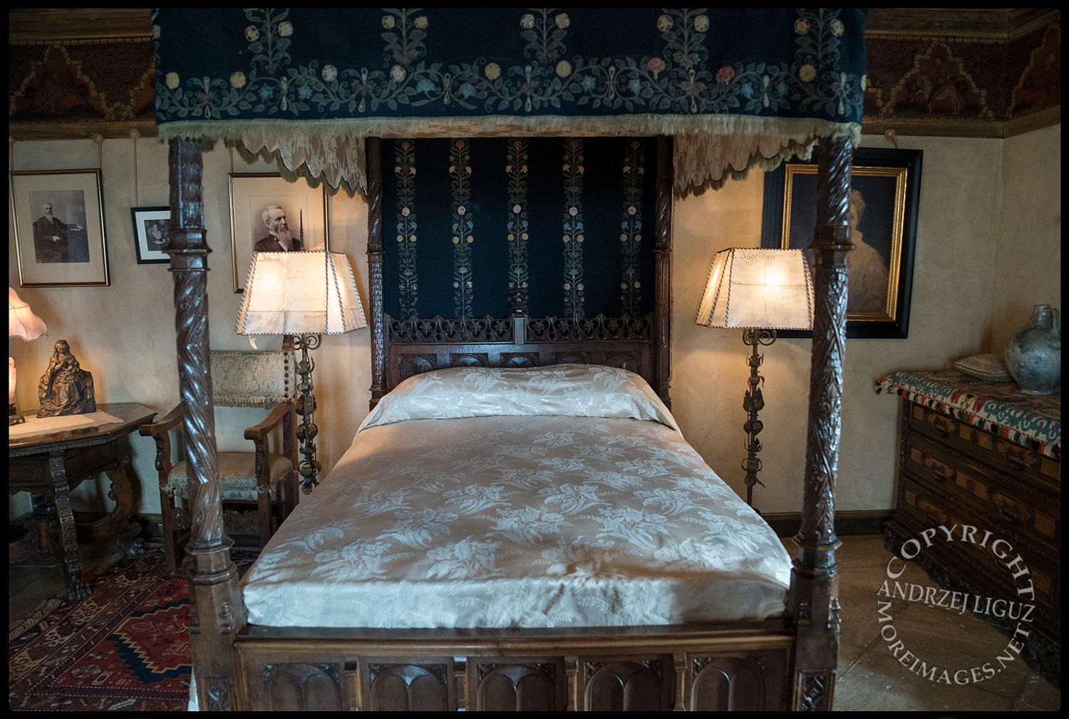 William Randolph Hearst's bedroom, Hearst Castle, San Simeon, CA 2015-03-02