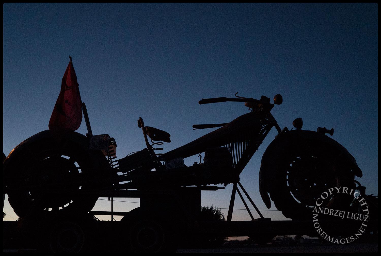 Mexican motorbike sculpture, Highway 1, north of Carmel, CA 2015-03-02 © Andrzej Liguz/moreamericandreams.com.