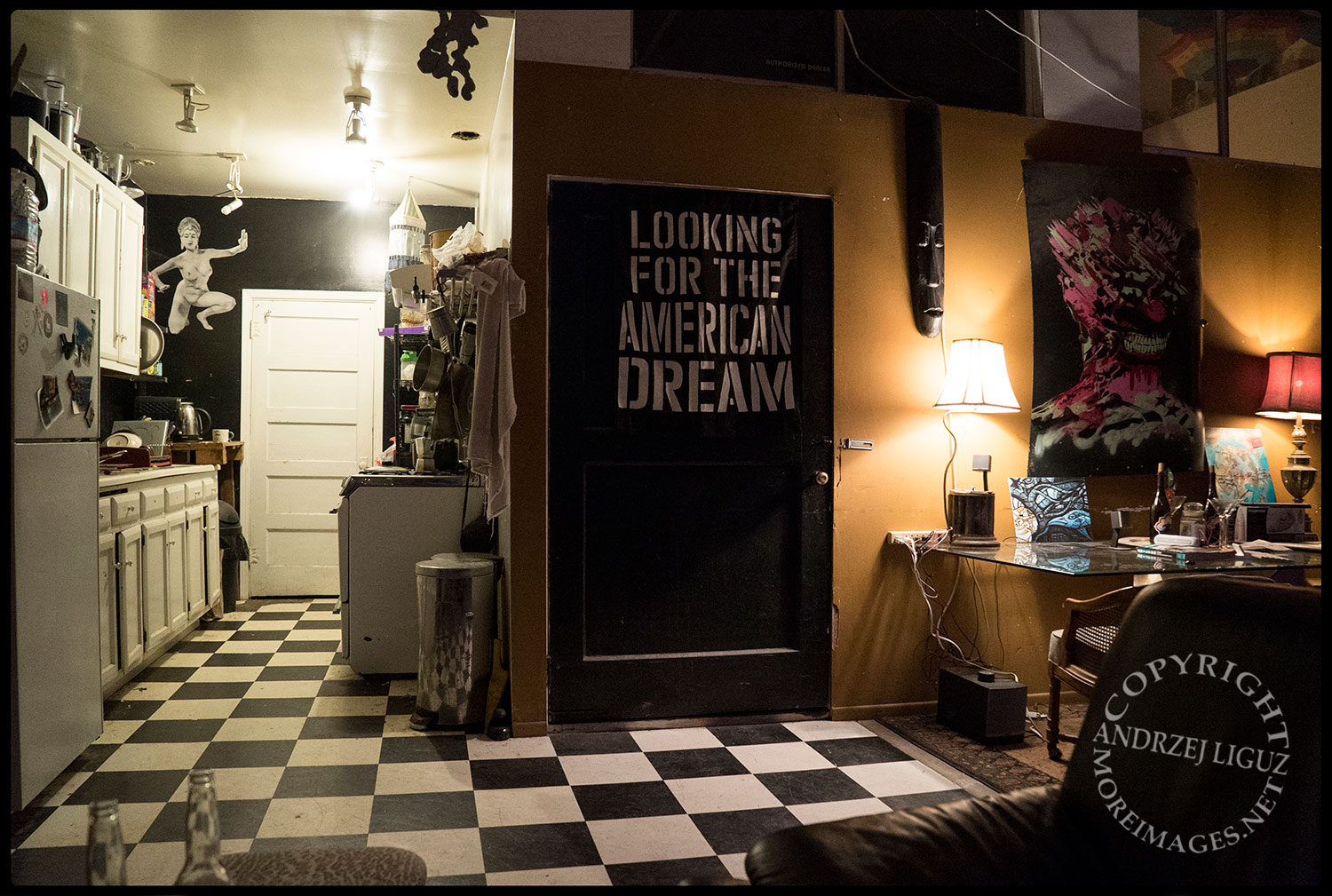 The Banner outside my room, Scotty's warehouse, Petaluma, CA 2015-03-05